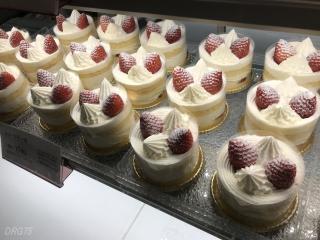 馬車道十番館ケーキ